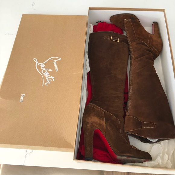 purchase cheap 70c31 cabec Christian Louboutin Suede Brown boots